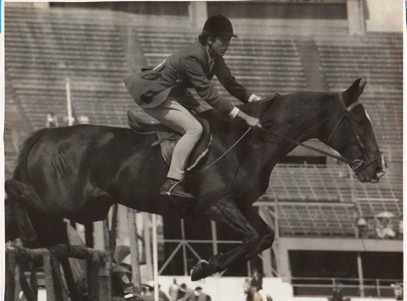 "Prue's mother, Jennifer with ""Sargeant Major"" at Sydney Royal"